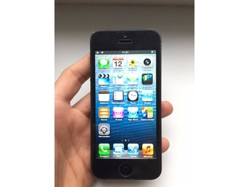 iPhone 5 64GB Black iOS 6